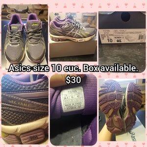 Asics size 10